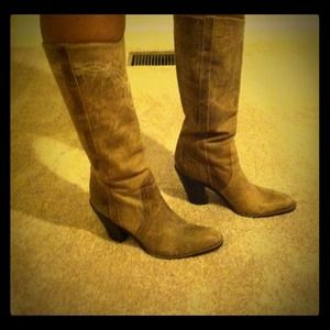 % BCBG, calf high boots!!!