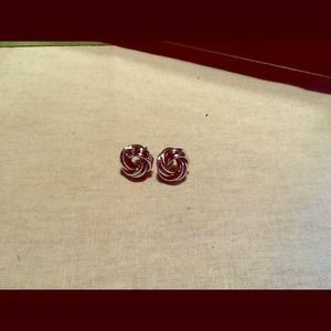 Knotted design stud earrings