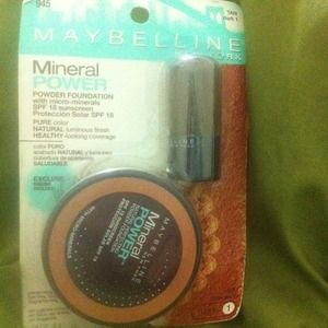 Other - Maybelline mineral powder with brush
