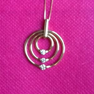 Jewelry - Gorgeous Gold and diamond necklace! Reduced!!!