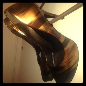 Host Pick! Jessica Simpson bronze platform pumps