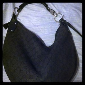 REDUCED!!! Authentic Gucci Hobo👛