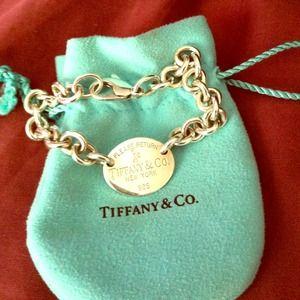 Return to Tiffany Oval Bracelet