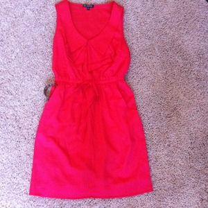 Dresses & Skirts - Beautiful coral color dress with pockets