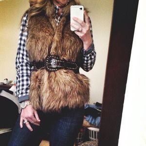 Outerwear - 🔴Reduced! Stylish faux fur vest