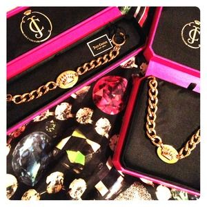Juicy Couture Crown Id Necklace matching bracelet!
