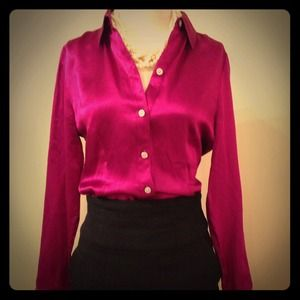 Banana Republic Tops - 100% Pure Silk Banana Republic Blouse