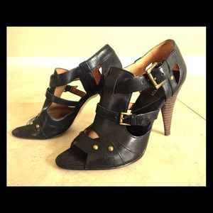 Nine West high heel leather shoe size 7.5