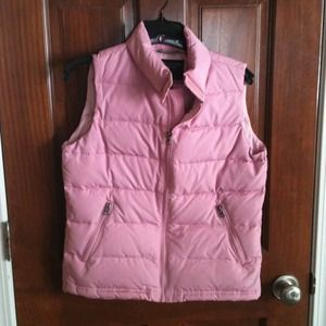 Reduced!  American Eagle pink down vest