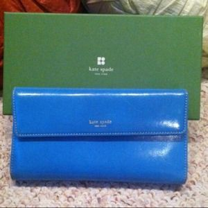 kate spade Clutches & Wallets - 💥Reduced💥Authentic Kate spade wallet