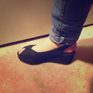 Hillard and Hanson Shoes - Black Hillard&Hanson Wedges