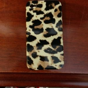 J. Crew Accessories - J Crew leopard iPhone case