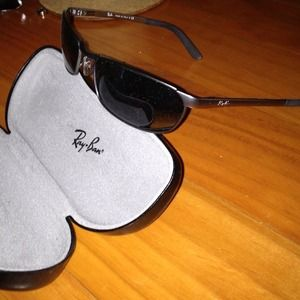 Ray-Ban Sunglasses and Case