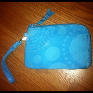 Wristlet Blue Spiral Circles By: Thirty One