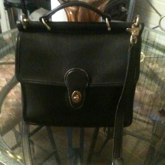 Coach Bags Vintage Cross Body Messenger Bag Black Poshmark