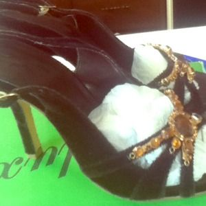 Shoes - Reduced Brand new chocolate jeweled heels