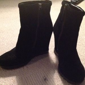 Reduced!! Nine West Black Pinktop Ankle Boots