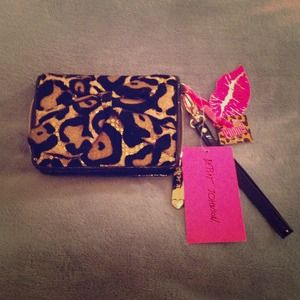 Betsey Johnson Clutches & Wallets - Betsy Johnson 'Cheetah' Wallet