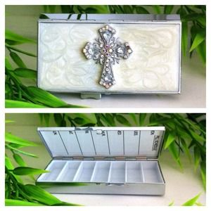 Accessories - Pillbox, NEW!