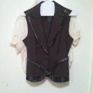 BeBe brown vest beautifully made