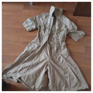 Frankie Morello Dresses & Skirts - Reduced ⬇ Khaki Frankie Morello shorts jumpsuit.