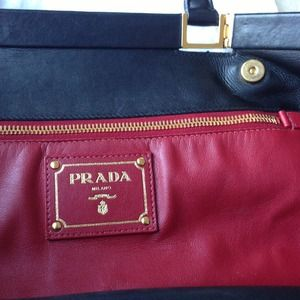 Prada Bags - Prada black leather tote 3