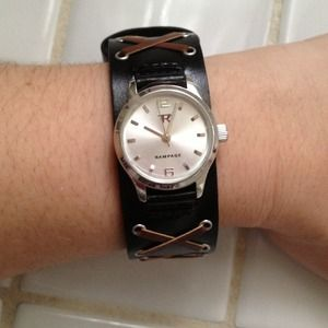 Accessories - NWOT Leather and Lace Rampage Watch