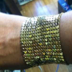 Jewelry - Reduced!!!!!  Goldtone Mesh Bracelet!!