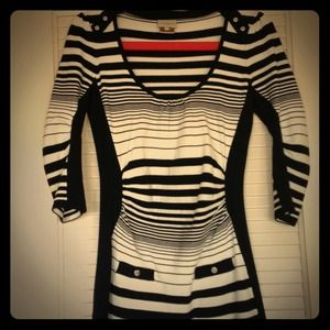 Karen Millen Blk/W stripe sweater dress