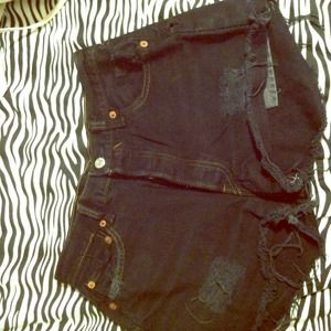 REDUCED! Vintage Black High Waisted Levi Shorts