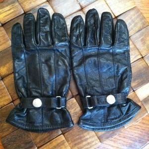 Benetton black leather gloves