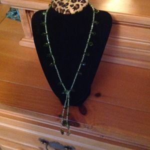 Jewelry - Green Citrine Lariat Necklace with Silver Tips
