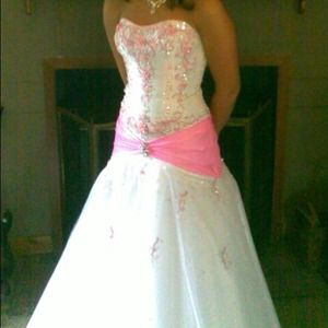 Dresses & Skirts - white and pink prom dress