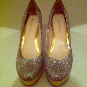 "Reduced! Enzo Angiolini Glitter/ Gold 5""high heels"