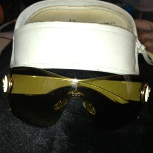 AUTHENTIC Dior brown sunglasses.