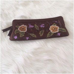 🔴5/$20🔴 Brown Flowered Sequin Clutch