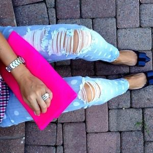 Handbags - 🔶HP🔶 Hot pink clutch