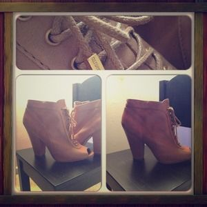 Taupe Vince Camuto ankle booties ALL LEATHER