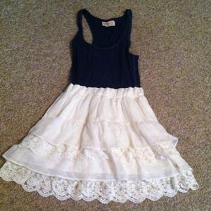 Dresses & Skirts - Hollister summer dress ⛔Reserved⛔