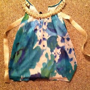 Tops - Pearl accented neckline blouse