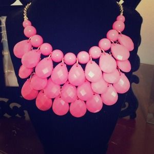 Jewelry - Bright Pink Tiered Bib Necklace and Earing Set