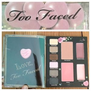 too faced Accessories - Too faced sweet love palette