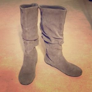 Steve Madden Boots - STEVE MADDEN 'TIANNA' GREY SUEDE FLAT BOOTS