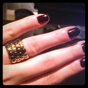 Jewelry - PRICE REDUCED ~ Gorgeous Gold & Black Ring