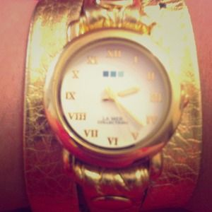 Le Mer Collections: Women's Gold Triple Wrap Watch