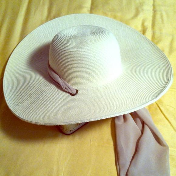 4b640bf3e7401 Sun hat. M 51095d948ae4a07bee02bd8c