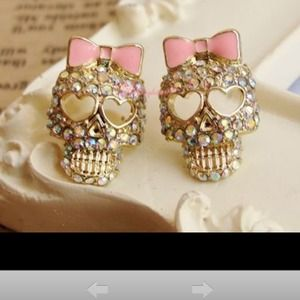 Jewelry - Ab crystal skull studs