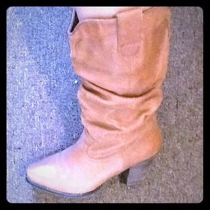 Steve Madden Boots - ♥️REDUCED TODAY ONLY 👍♥️Steve Madden Boots