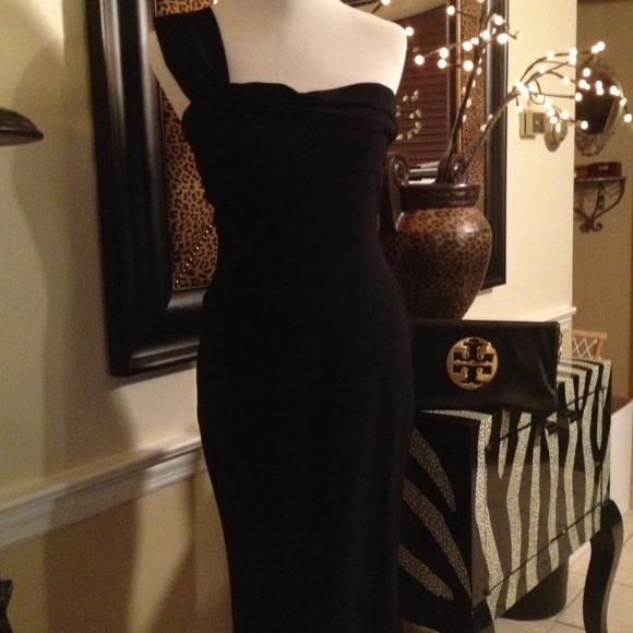 Aqua Dresses & Skirts - Aqua- one shoulder black Dress poly/ spandex