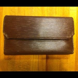 Louis Vuitton Epi Leather Wallet